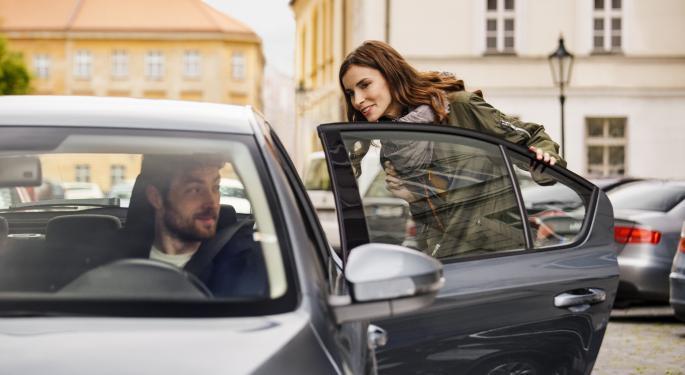 Los Uber Tesla llegarán pronto a través de Hertz