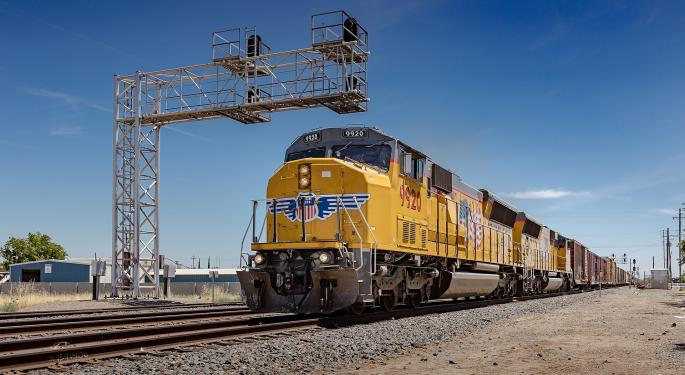 Union Pacific's Net Profit Slips 9% In First Quarter