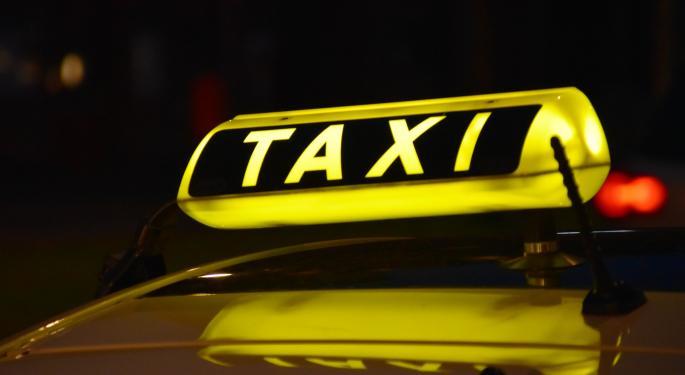 JAC lanza 2 coches con intercambio de batería para el mercado de los taxis