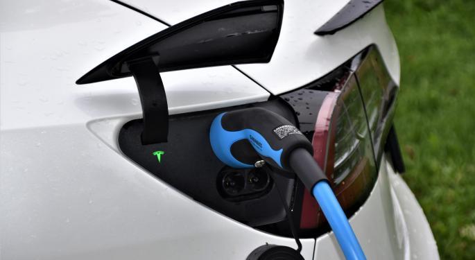 Biden reemplazará la flota federal de EEUU por coches eléctricos