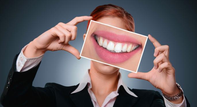 SmileDirectClub Files For $100M IPO