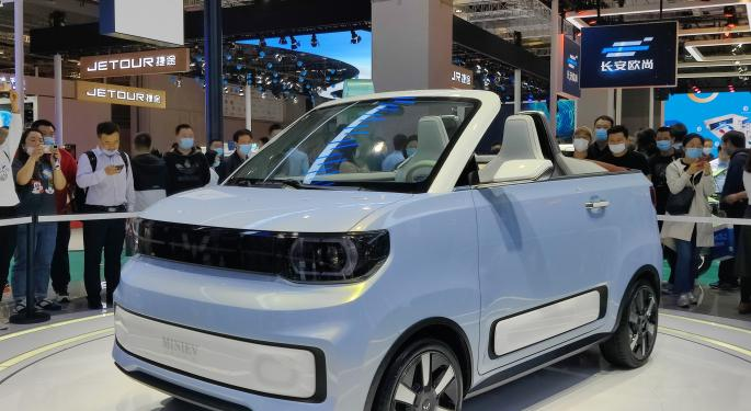 GM Joint Venture's Budget EV Remains Top-Selling NEV In China Ahead Of Tesla Model Y, Model 3