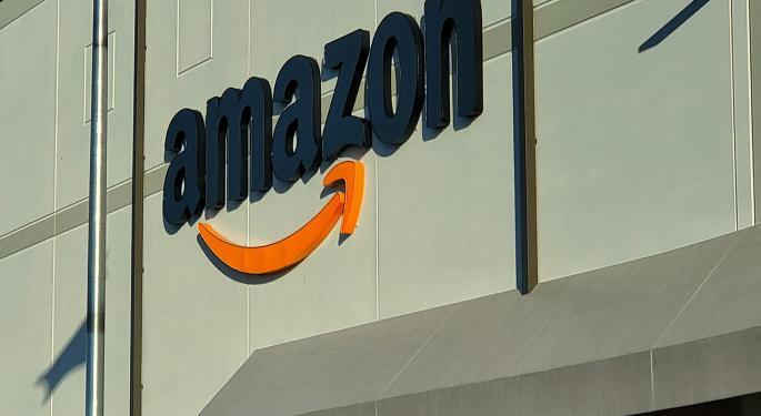 Wood vende Amazon un día antes del vuelo de Bezos al espacio