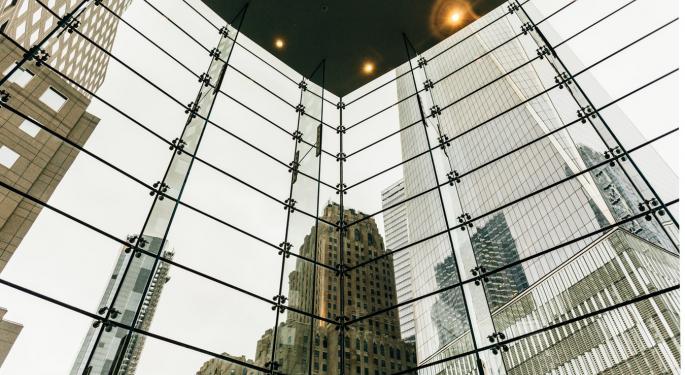 Three Reasons Legacy Banks Need Customer-Facing Tech Now